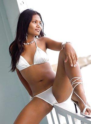 Asian Bikini Pics