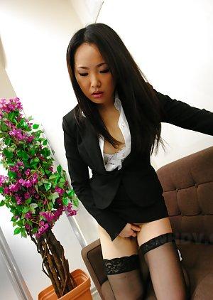 Asian Masturbating Pics