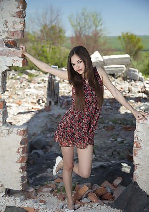 Barely Legal pics of hot asian girls